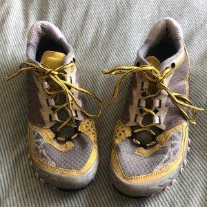 LA sportiv hiking shoes
